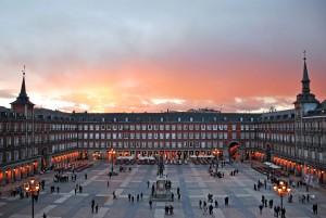 1280px-Plaza_Mayor_de_Madrid_02