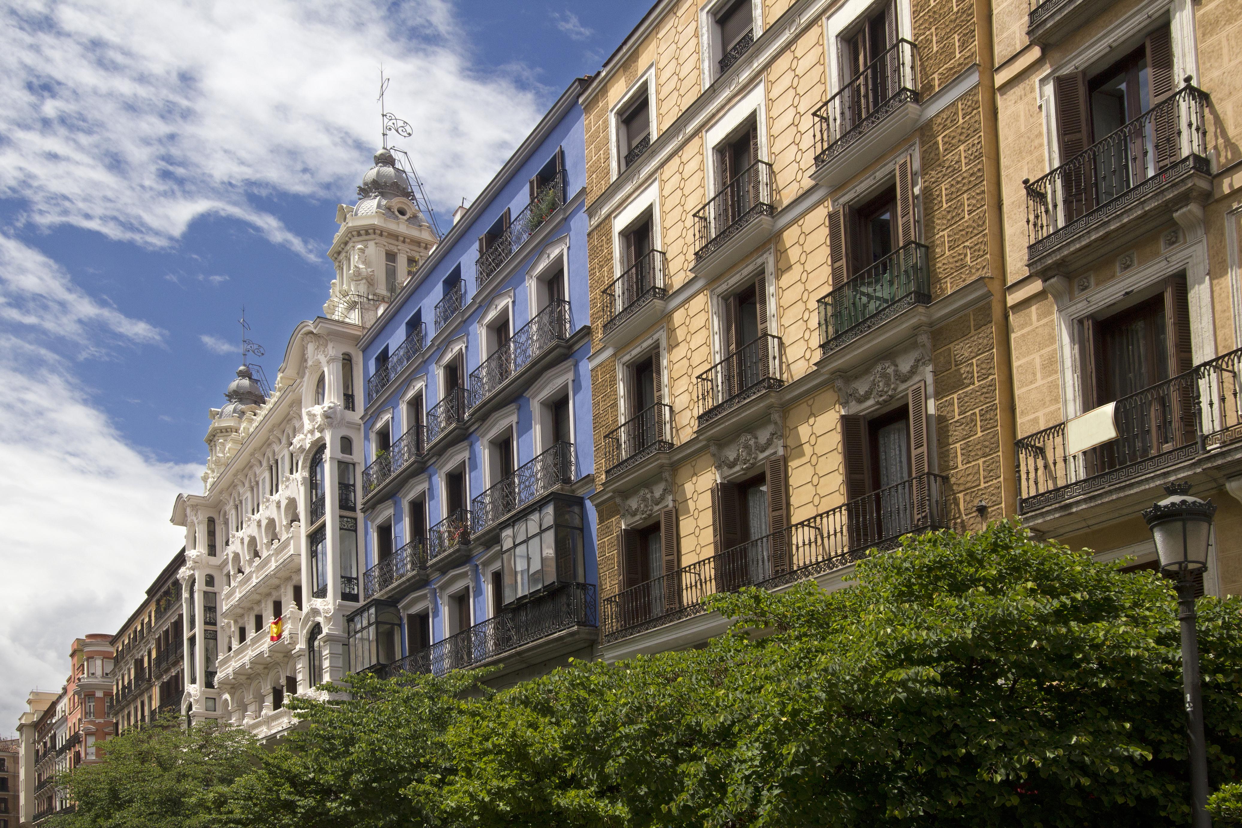 ¿BUSCAS CASA U OFICINA EN MADRID?